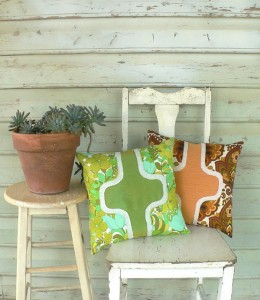 tractorgirl - courreges - cushion pair - small